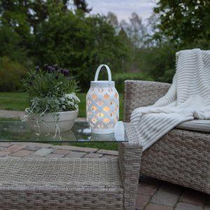 LED-lykta Flame Lantern, vit, höjd 23 cm