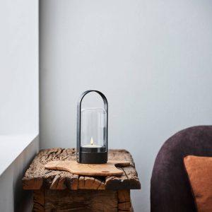 LE KLINT Candle Light LED-lykta, svart